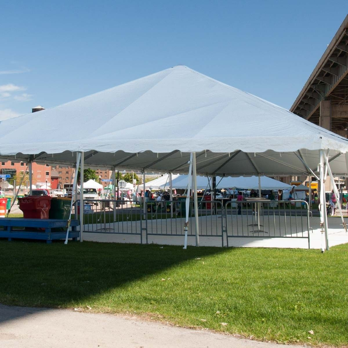 the tent makes it an ideal choice for weddings, receptions, ceremonies, corporate events, etc.
